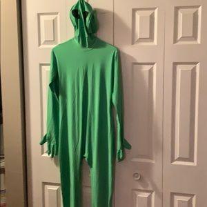 Alien morph suit green screen never worn